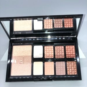 Doucce Freematic Eyeshadow Pro Palette Nude EyeNew